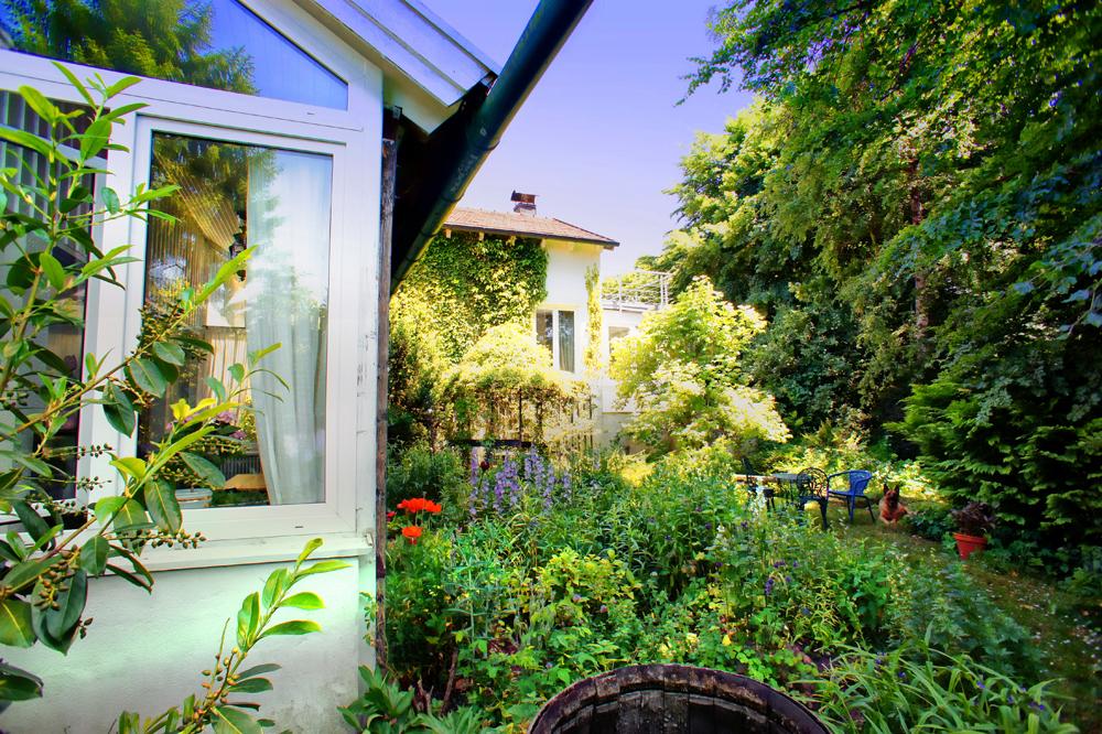 idyllisches schmuckst ck am starnberger see munich property. Black Bedroom Furniture Sets. Home Design Ideas