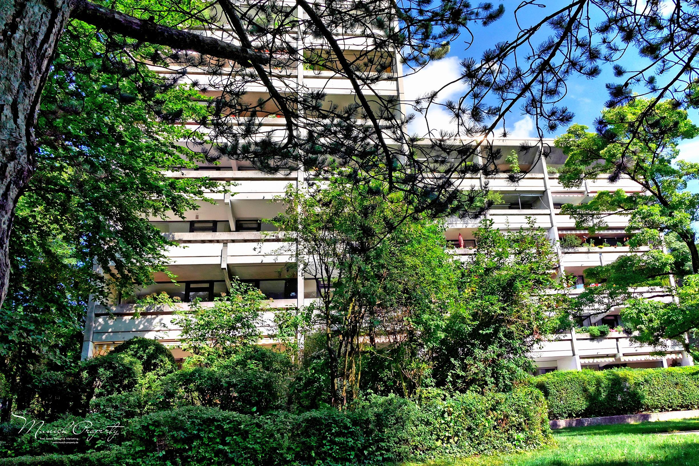 Wohnung München Bogenhausen Fideliopark Knappertsbuschstrasse: Hausfassade