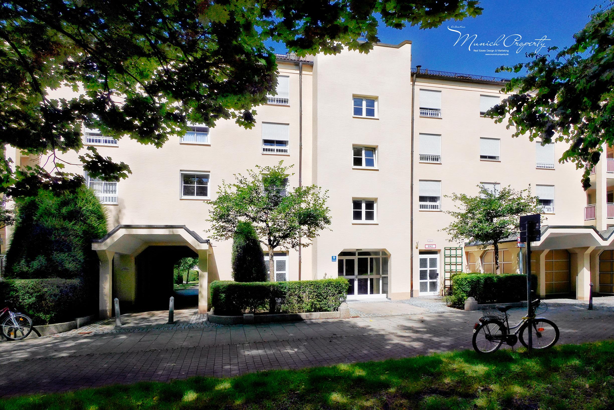 Wohnung mieten in München Schwabing am See: Bildschöne Hausfassade